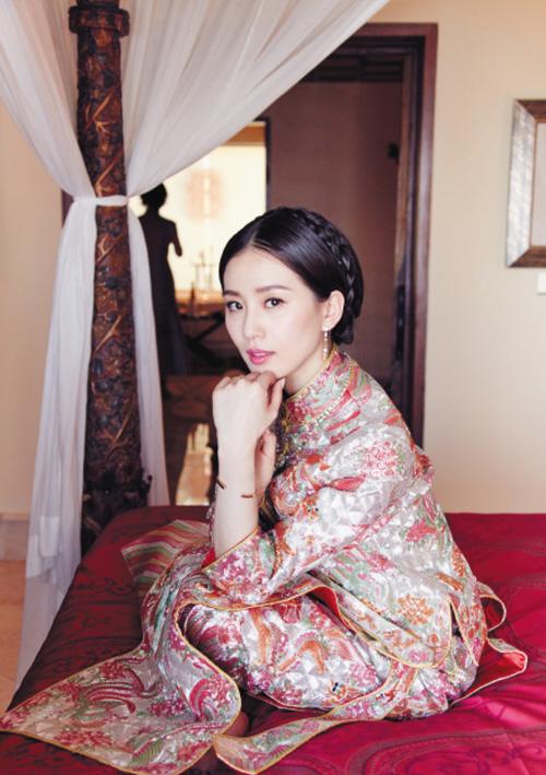 刘诗诗那件裙褂只值20万?你逗谁呢!